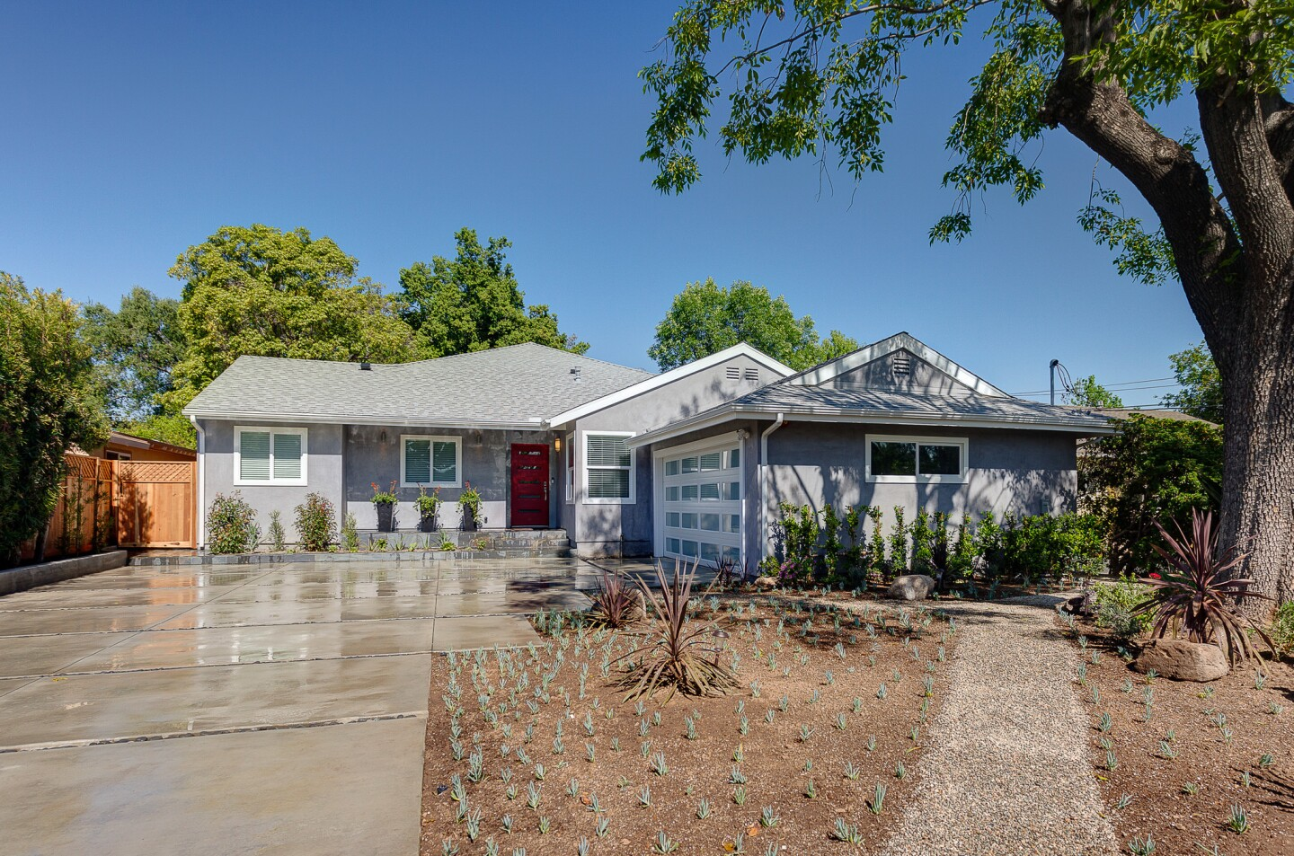Home of the Day: New and improved in Pasadena