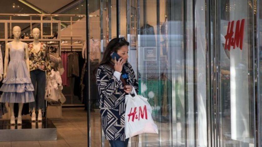 La semana pasada, la compañía de matriz sueca hizo públicos sus planes para echar el cerrojo durante 2018 a unas 170 tiendas alrededor del mundo, el número de cierres más alto desde hace al menos un par de décadas.