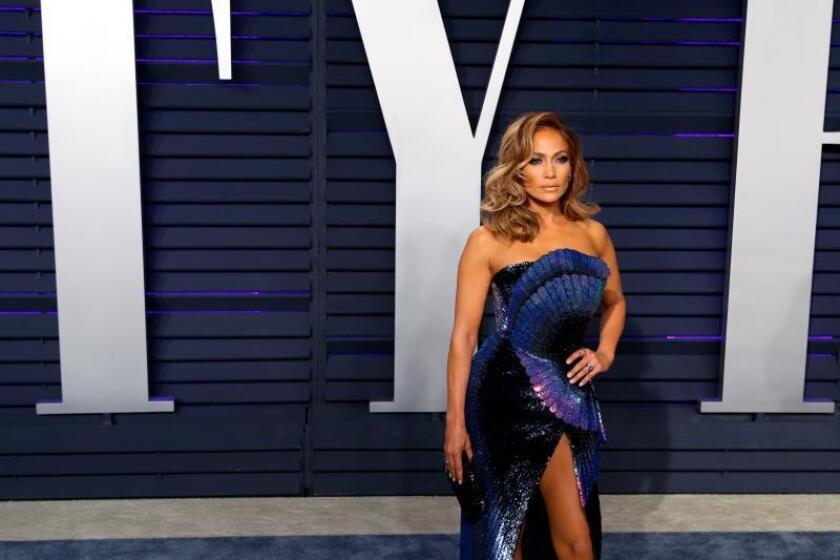 Jennifer Lopez posa a su llegada a la fiesta Vanity Fair celebrada tras la 91? ceremonia de entrega de los premios Óscar celebrada en Beverly Hills, California (Estados Unidos). EFE/ Nina Prommer/Archivo