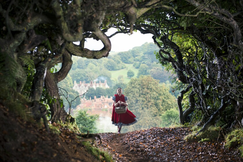 'Into the Woods' starts strong but magic fades, reviews say