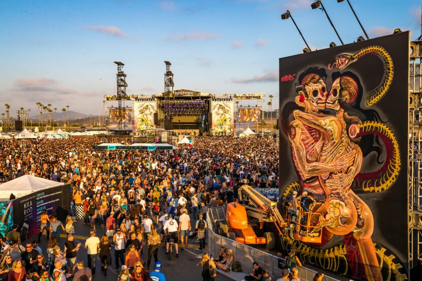 A giant mural from artist Nychos at KAABOO 2017.