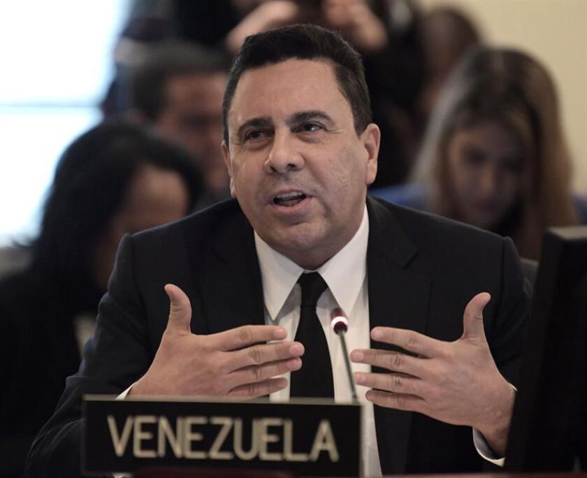 23 de febrero de 2018. El viceministro de Venezuela para América del Norte y representante en la ONU, Samuel Moncada, habla durante una sesión extraordinaria sobre Venezuela, celebrada en la sede de la Organización de los Estados Americanos (OEA), en Washington (EE.UU.).EFE/ARCHIVO