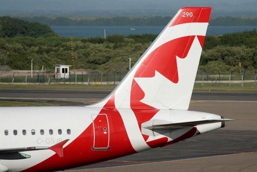 El Gobierno canadiense anuncia ley para proteger a pasajeros de aerolíneas