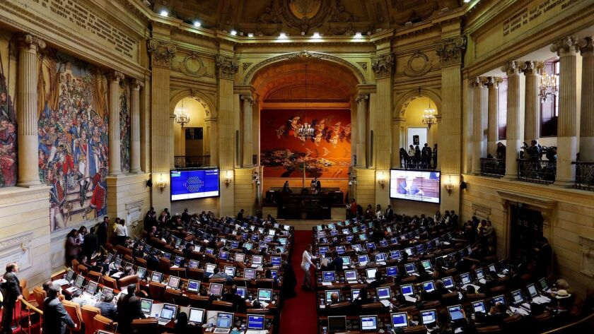 Session of the House of Representatives to decide the approval of the peace agreement