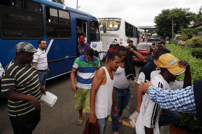 La Comisión Interamericana de Derechos Humanos (CIDH) pidió hoy a los países de la región que protejan a los venezolanos que migran por la crisis que atraviesa ese país caribeño. EFE/ARCHIVO