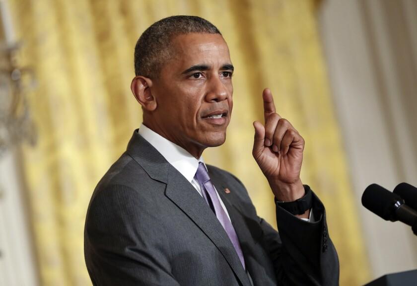 El presidente Barack Obama habla en conferencia desde el Salón Este de la Casa Blanca, el 21 de julio de 2016. Científicos en EEUU nombraron a un parásito en honor de Obama, el 8 de septiembre de 2016. El Baracktrema obamai es un diminuto gusano plano del grueso de un cabello que vive en la sangre de las tortugas. Thomas Platt, el profesor de biología que escogió el nombre, dice que es un reconocimiento, no un insulto. (AP Foto/Pablo Martinez Monsivais, Archivo)