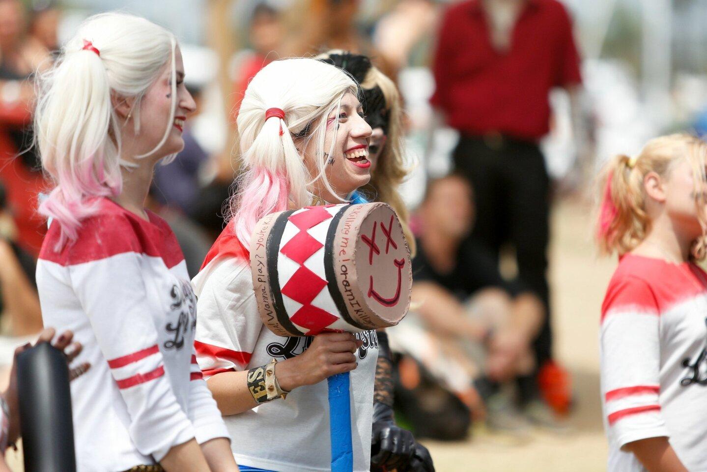 Harley Quinn costume contest