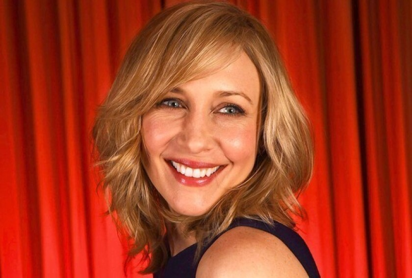 The Contenders: Vera Farmiga cozies up to 'Bates Motel' - Los