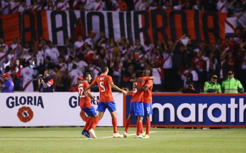 Costa Rica, sorprendida por la renuncia de Matosas, recibe a Uruguay sin Suárez