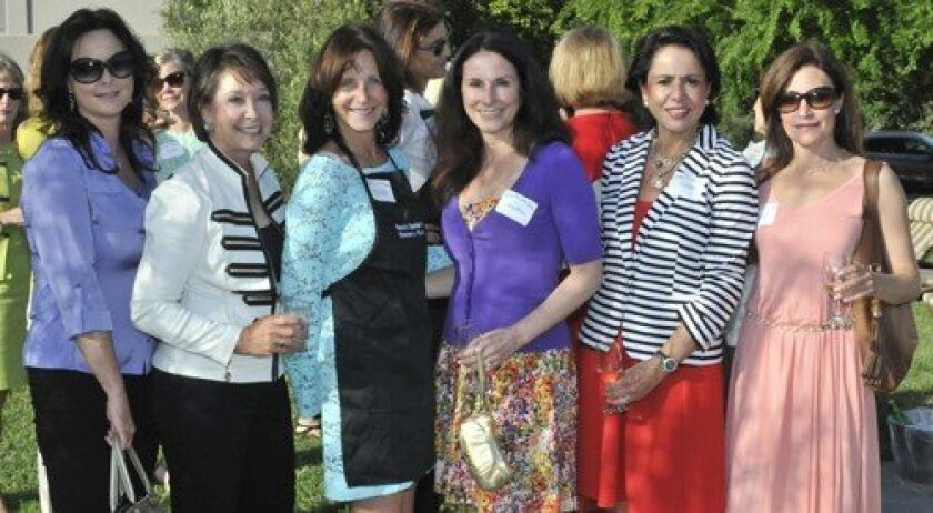 Cathy Hopt, hostess Kathi Mallick, Becky Horowitz, Mindi Butterfield, K. Ann Brizolis, Sue Pidgeon