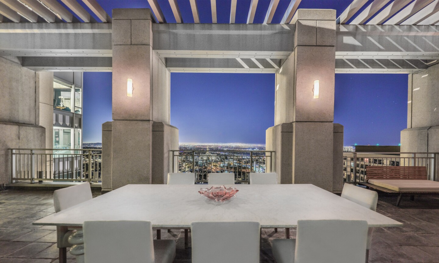 Remington penthouse | Hot Property