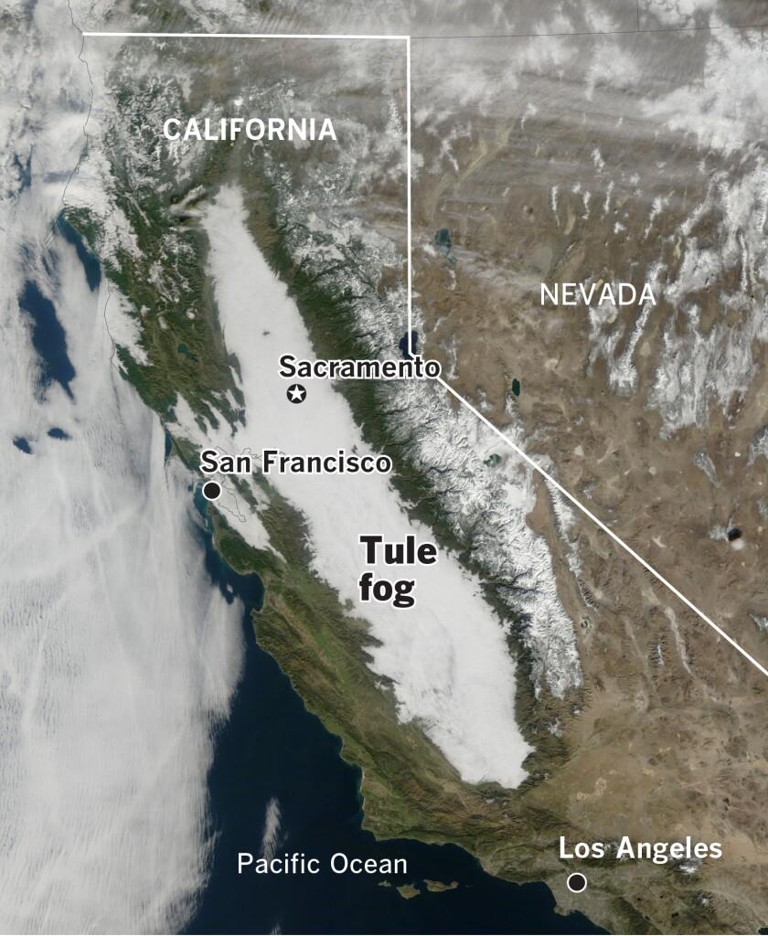 TULE-FOG-california_tmo_2011017_lrg.jpg