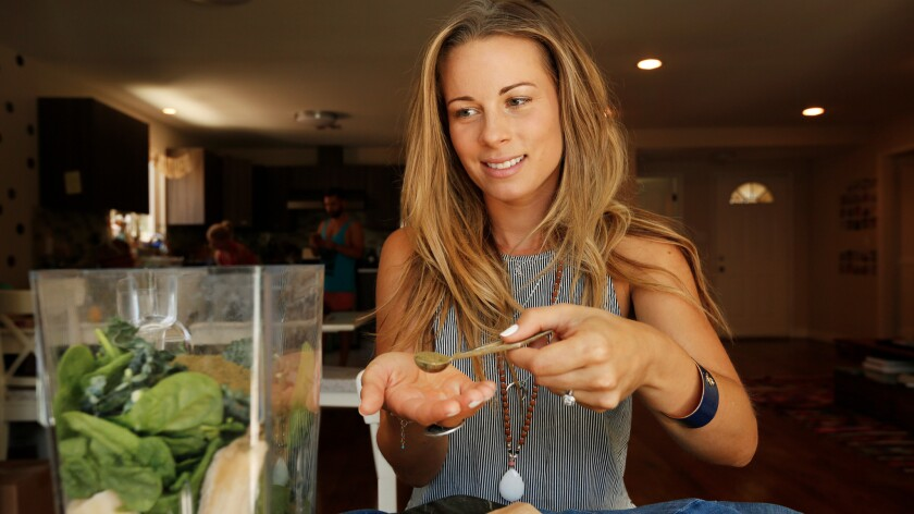 Raw food chef Sophie Jaffe, founder of superfood blend brand Philosophie, shows you how to blend up the hottest superfoods.