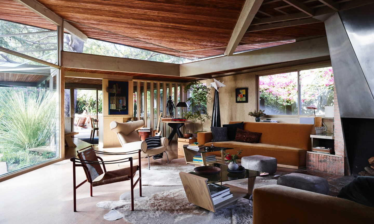 Rudolph Schindler-designed home in Studio City | Hot