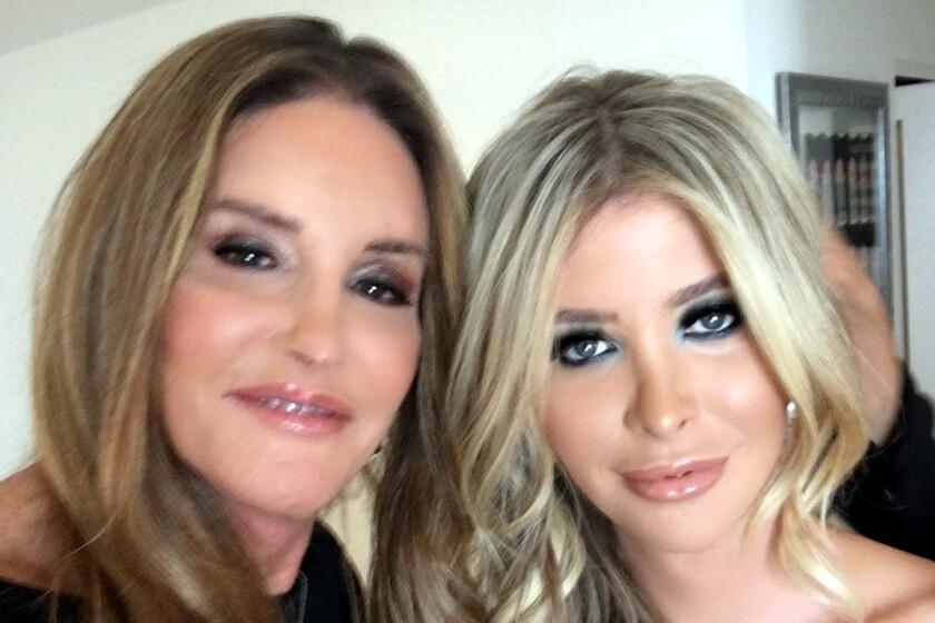 Caitlyn Jenner y Sophia Hutchins