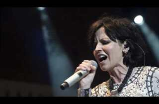 Recordando a Dolores O'Riordan de The Cranberries, cuya voz era realmente suya
