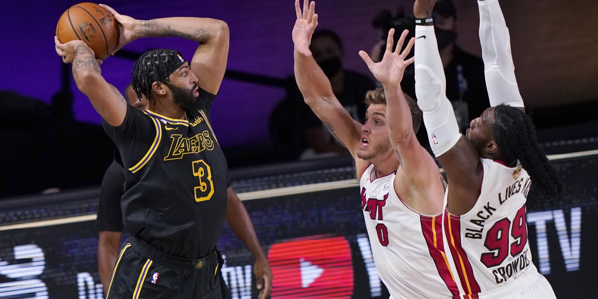 Lakers Defeat Miami Heat In Game 2 Of Nba Finals Los Angeles Times