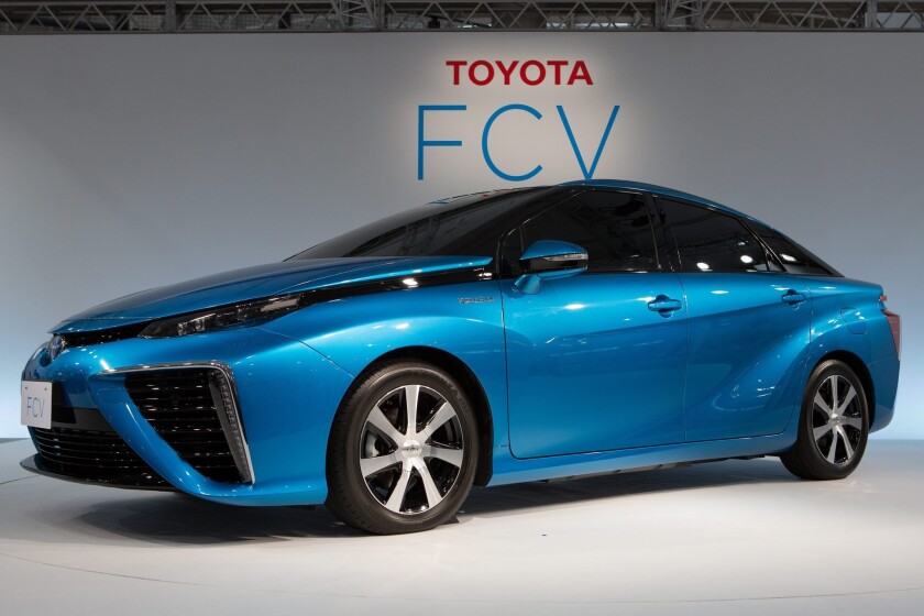 Toyota plans to start selling a hydrogen fuel cell vehicle in the U.S. in 2015