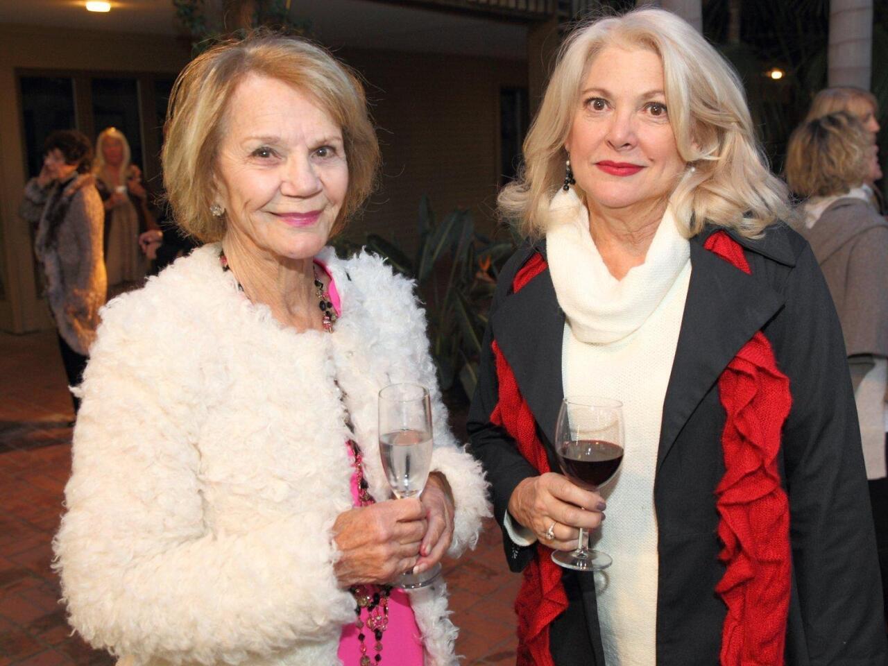 Aileen Young, Sheryl Solaegui