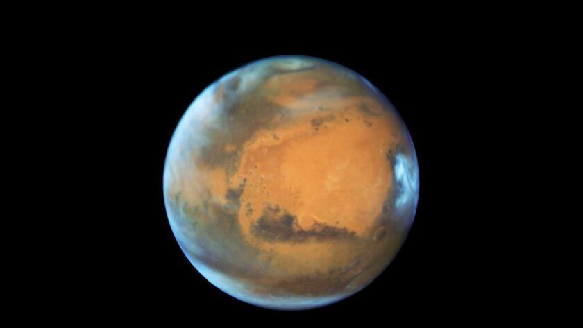 Obama manifestó en una entrevista este martes que quiere que compañías privadas ayuden a enviar a humanos a Marte para la década de 2030.