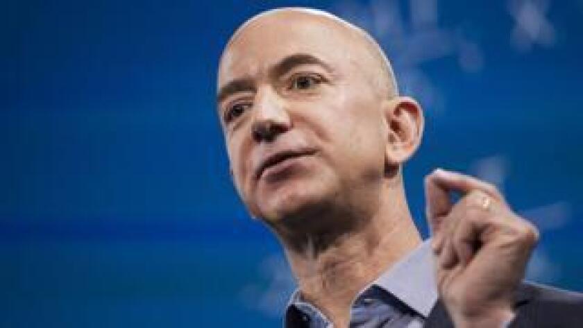 El fundador de Amazon acaba de convertirse en el hombre que más dinero tiene acumulado en todo el planeta y en la persona (con vida) más rica de todos los tiempos.