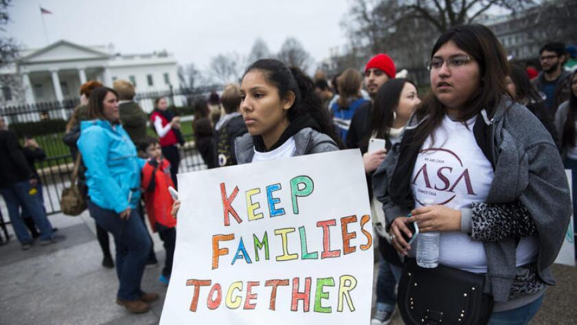 Activistas de los derechos de los inmigrantes frente a la Casa Blanca en diciembre pasado en protesta por las redadas de deportación.