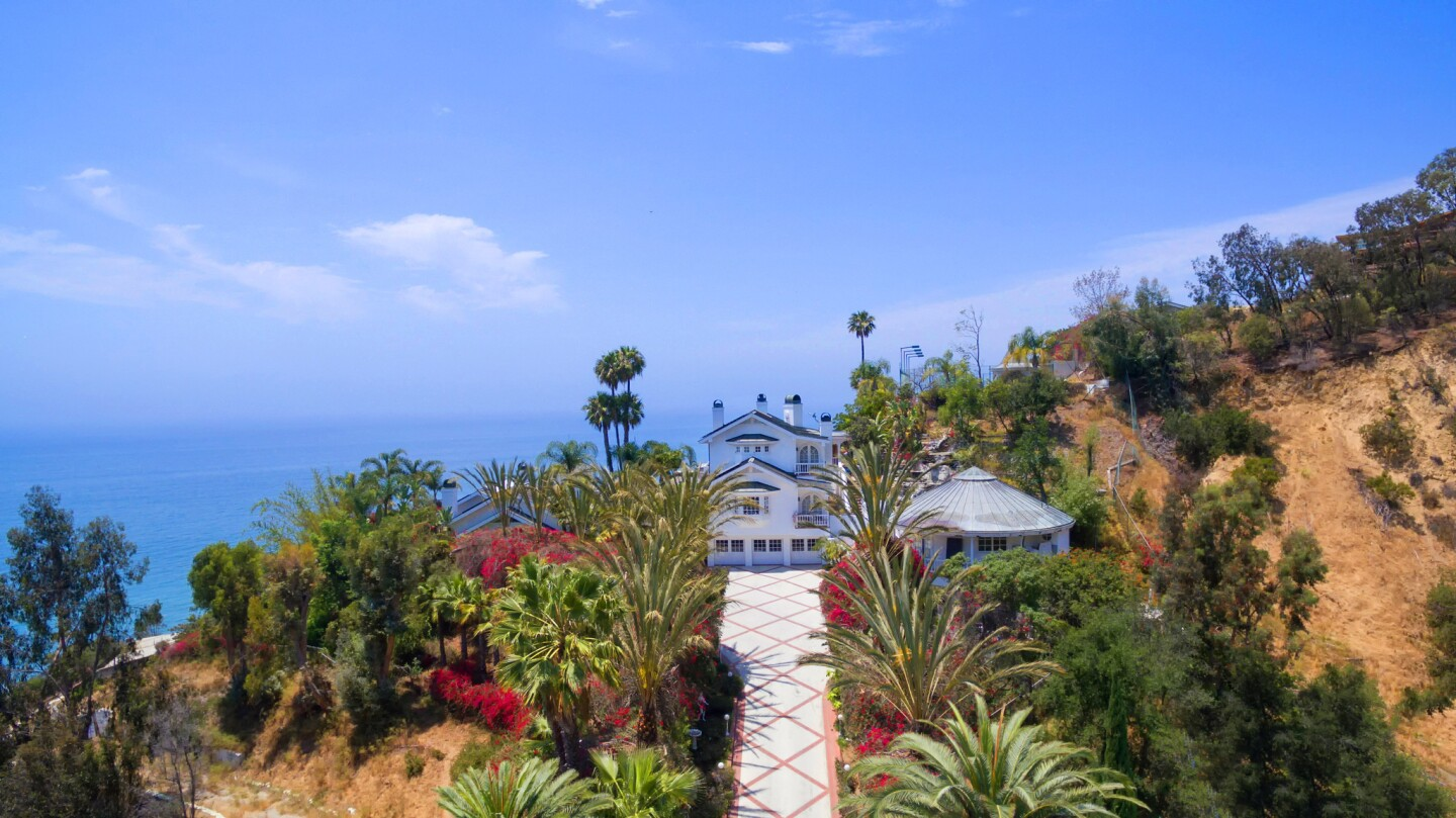 Home of the Day: Resort-style living in Malibu
