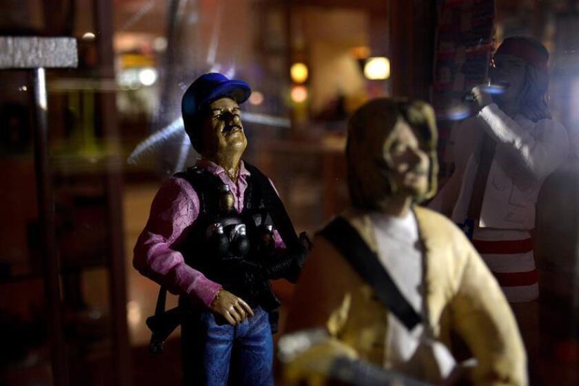"""Vista de un muñeco del narcotraficante """"El Chapo"""" Guzmán este martes, en una de la ciudad de Culiacán, en el estado de Sinaloa (México). EFE"""