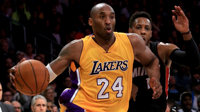 Sports world and beyond mourn Lakers legend Kobe Bryant's death in Calabasas helicopter crash