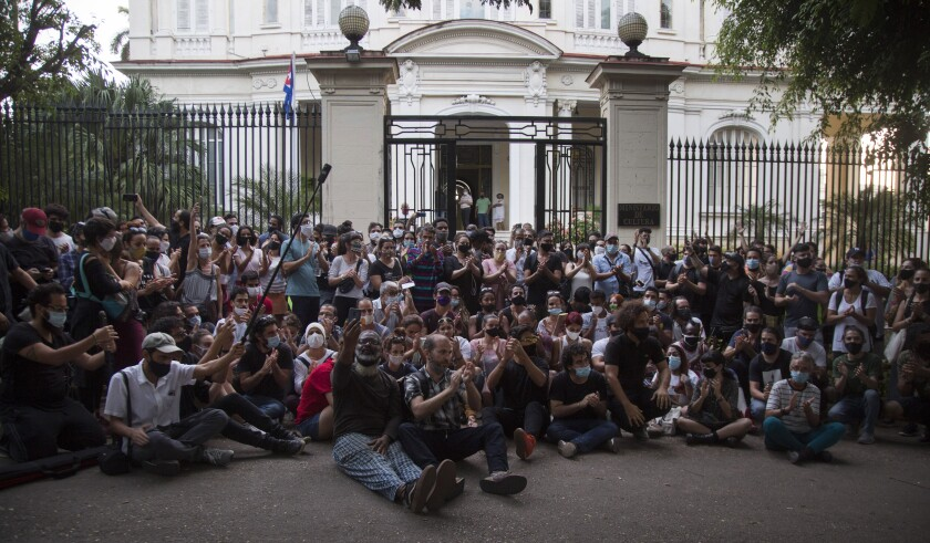 Young artists protest Friday in front of the Ministry of Culture in Havana.