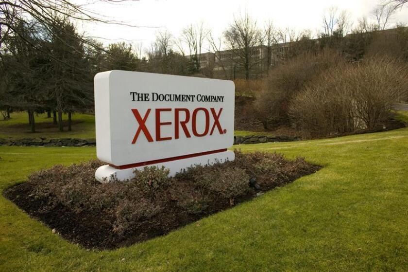 Un juez bloqueó temporalmente el acuerdo de venta de la firma estadounidense Xerox a la japonesa Fujifilm por considerar que en esa operación el primer ejecutivo de Xerox, Jeff Jacobson, buscaba su propio interés y no el de los accionistas, informó hoy The Wall Street Journal. EFE/Archivo