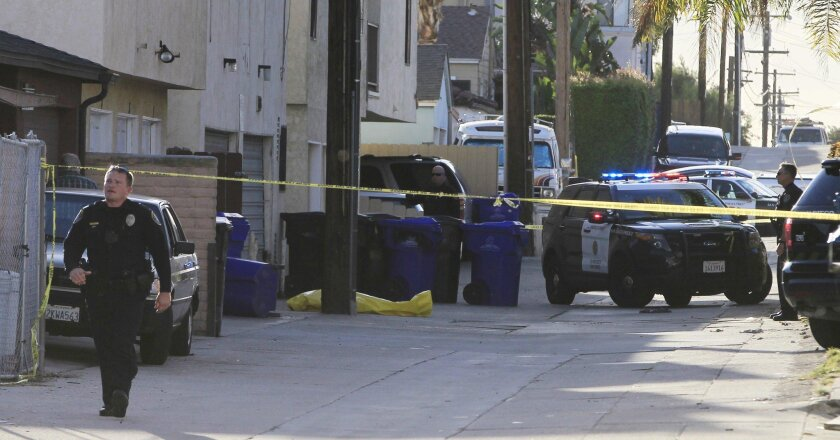 The suspect was shot in an alley off Jewell Street. (Eduardo Contreras / San Diego Union-Tribune)