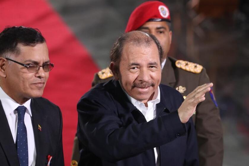 Ortega prohíbe entrar a Nicaragua a diplomático de EEUU y a asesor de Almagro