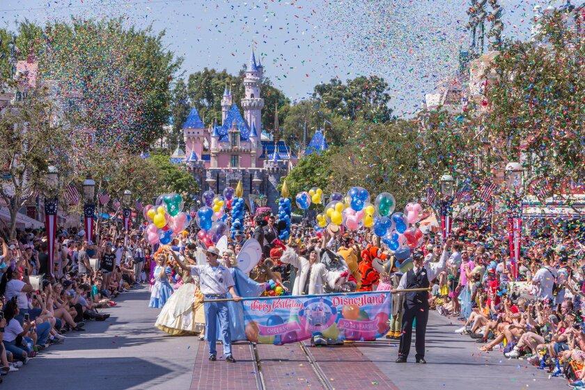 Celebración de los 64 años de Disneyland