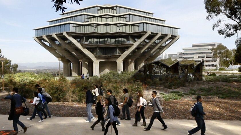 Students at the University of California San Diego walk by the Geisel Library on campus in this 2010 file photo.