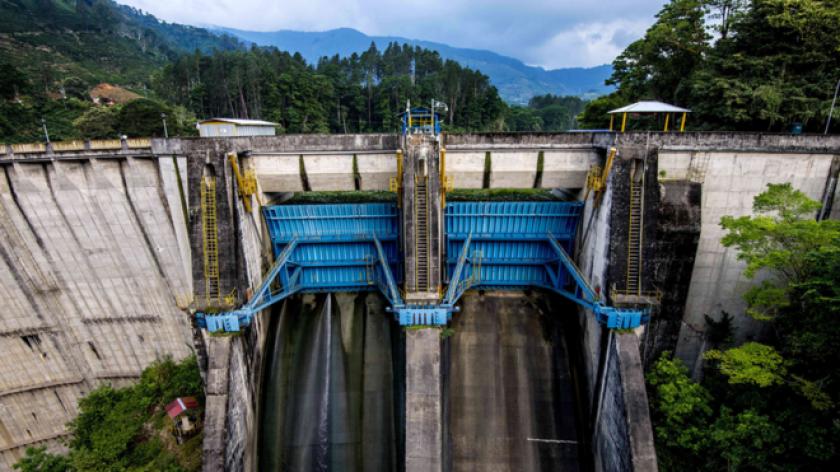 Es un ejemplo para la región: durante 2016 Costa Rica pasó más de 250 días utilizando electricidad proveniente únicamente de energías renovables.