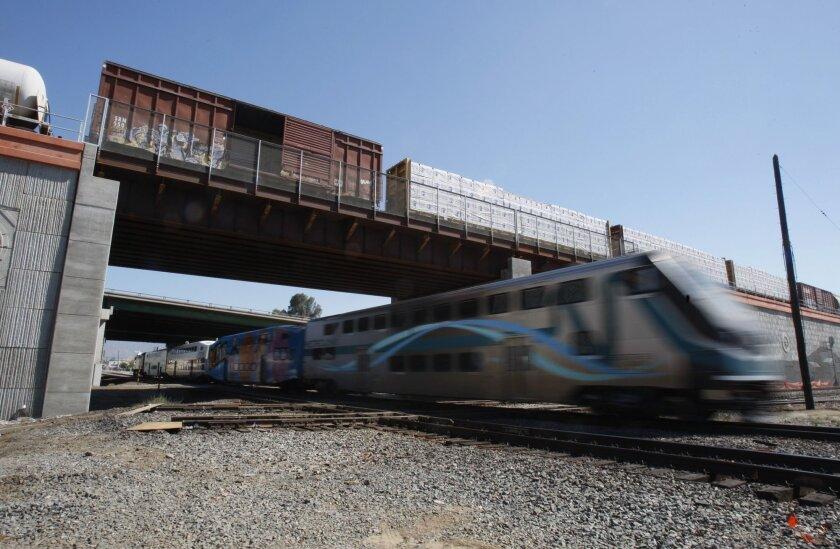 Metrolink commuter rail service will extend to Perris