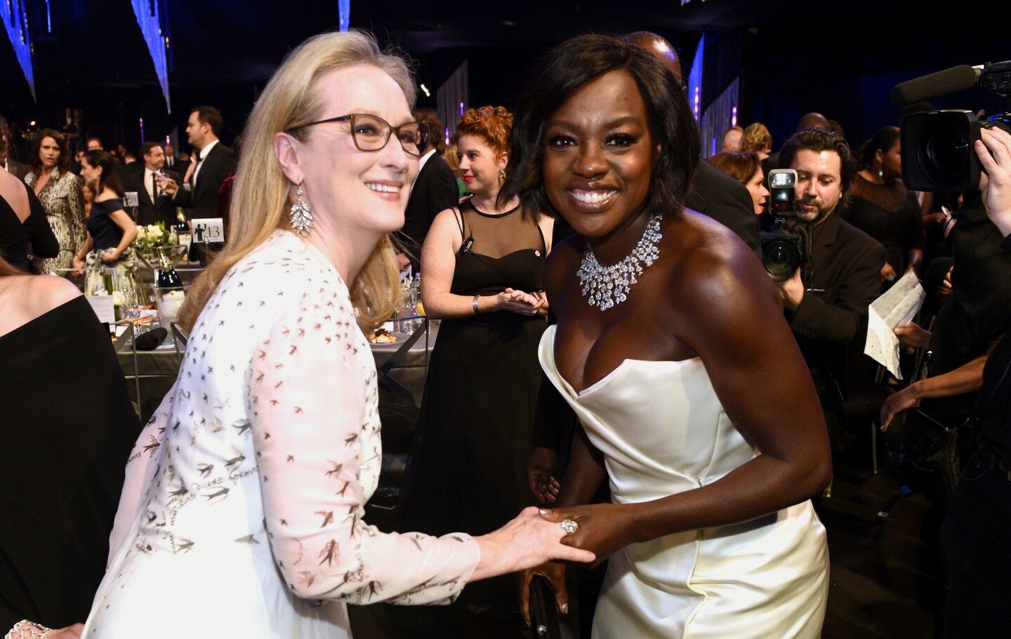 Meryl Streep, left, and Viola Davis attend the 23rd annual Screen Actors Guild Awards at the Shrine Auditorium & Expo Hall on Sunday, Jan. 29, 2017, in Los Angeles. (Photo by Chris Pizzello/Invision/AP)