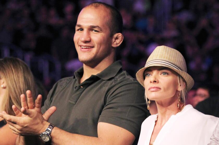 Junior Dos Santos.