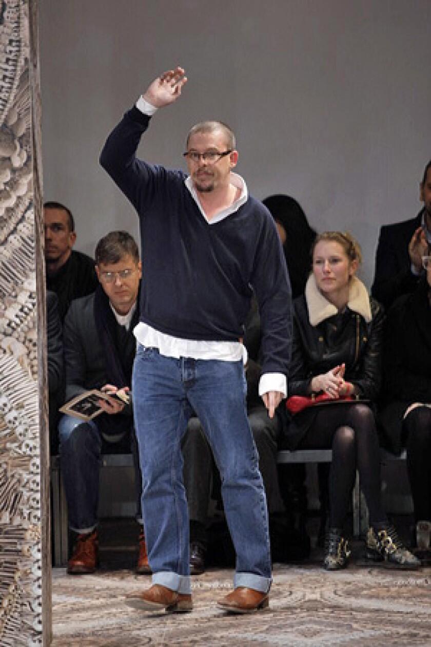 Alexander Mcqueen Dies At 40 Iconoclastic Fashion Designer Los Angeles Times