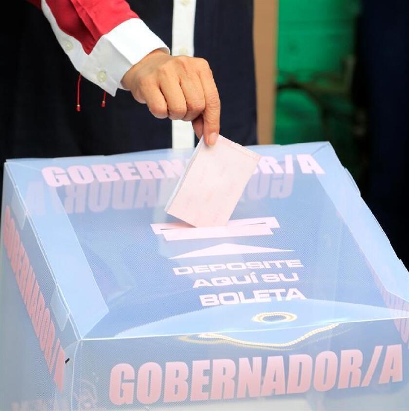La Fiscalía Especializada para la Atención de Delitos Electorales (Fepade) de México atrajo hoy la investigación sobre el presunto desvío de recursos públicos para financiar la campaña electoral del oficialista PRI en el norteño estado de Chihuahua. EFE/ARCHIVO