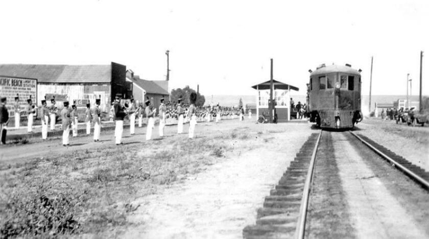 A gas-powered McKeen car from the Los Angeles and San Diego Beach Railway, at Grand Avenue and Lamont Street, heads to La Jolla in 1915.