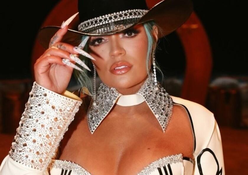 Karol G es la cantante más nominada junto a sus compatriota J Balvin.