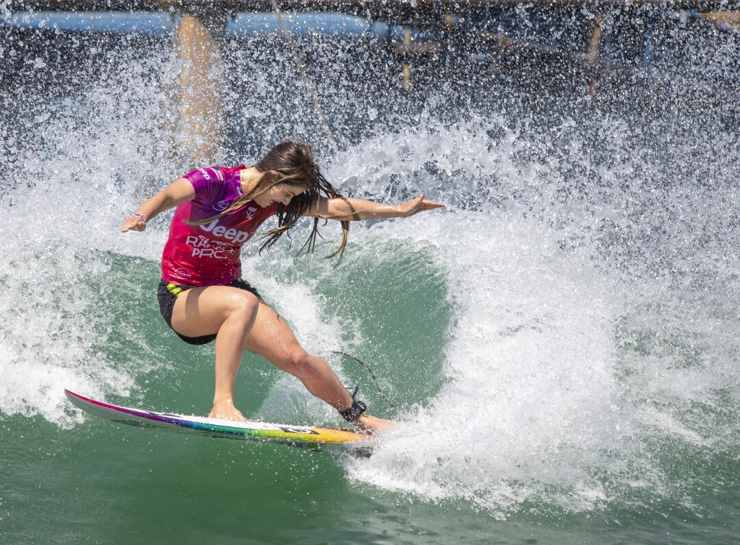 Caroline Marks, 19, of San Clemente, does a slashing turn while competing.