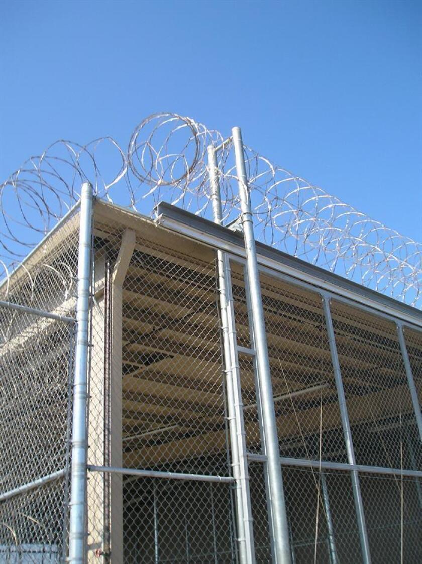 La construcción de un centro de detención para inmigrantes en el condado Uinta, en Wyoming, no requiere autorización del Gobierno estatal ya que no es considerada una cárcel, señaló hoy un portavoz. EFE/Archivo