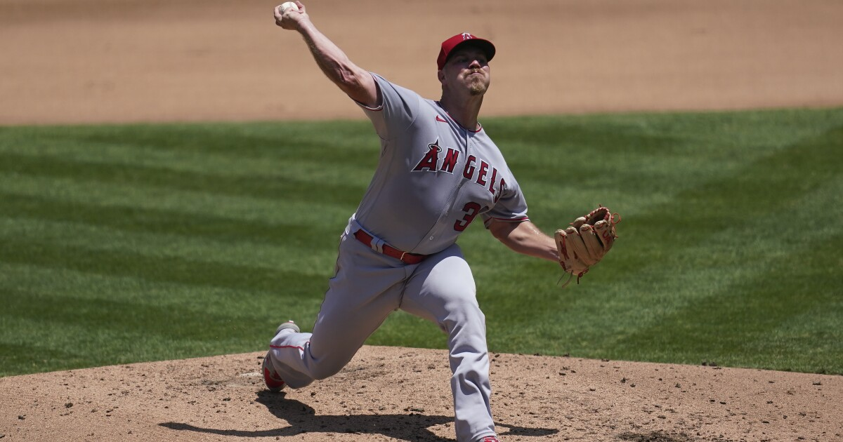 Photo of Dylan Bundy impressive in Angels debut as they bounce back, beat A's for first win | Los Angeles Times