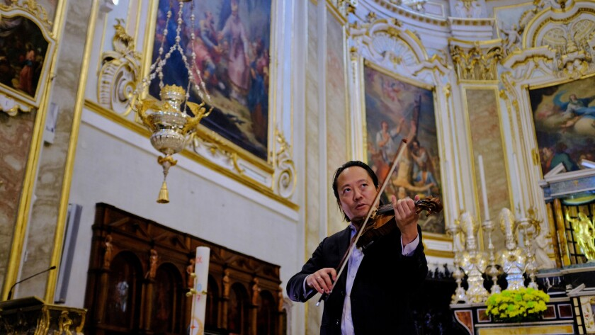 """Violinist and conductor Scott Yoo hosts """"Great Performances'"""" new music-appreciation miniseries """"Now Hear This"""" on PBS."""