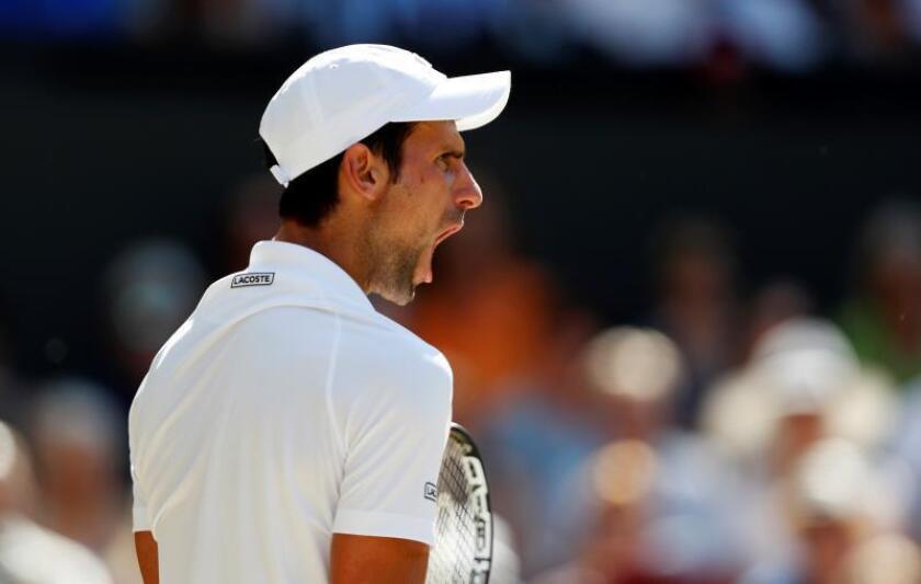 Djokovic está ya a uno del estadounidense Pete Sampras, a cuatro del español Rafael Nadal y a siete del suizo Roger Federer. EFE
