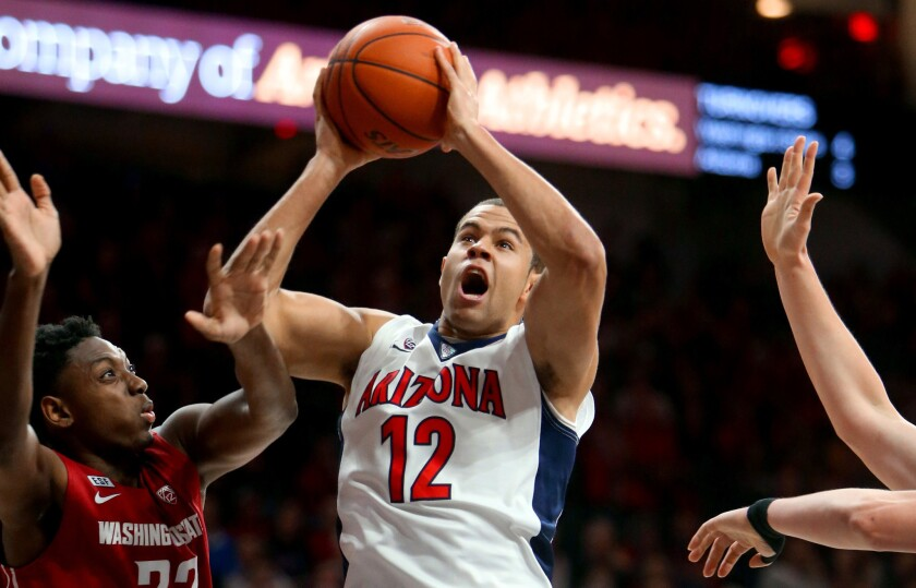 Pac-12: Arizona makes it 49 in a row at home