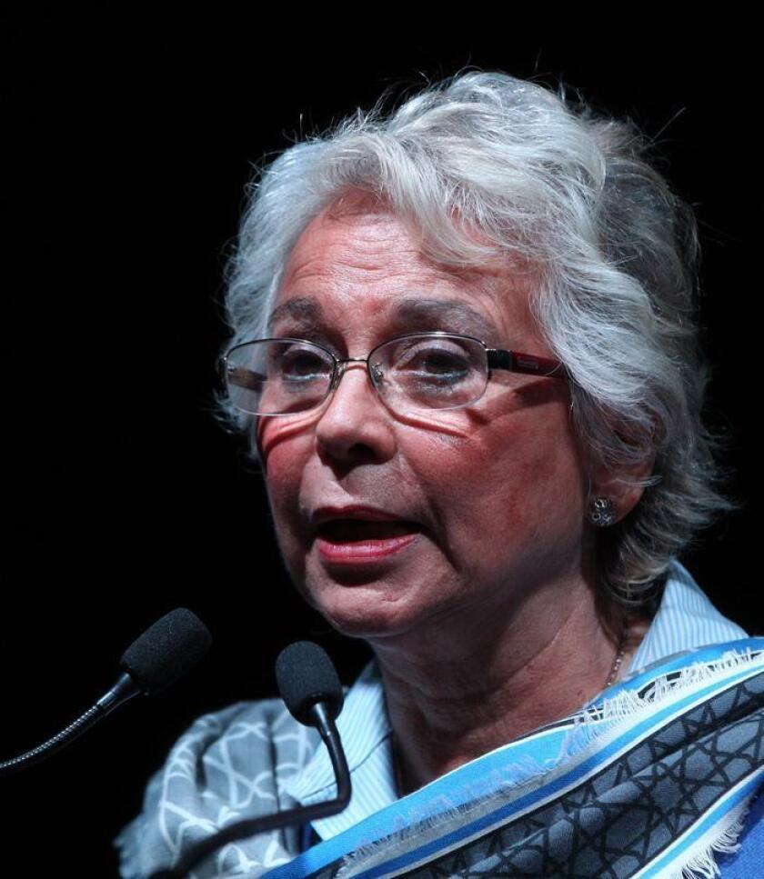 La titular de la Secretaría de Gobernación (Interior) de México, Olga Sánchez Cordero, habla este jueves, durante su participación en la asamblea general de la Confederación de Cámaras Industriales (Concamin), en Ciudad de México (México). EFE